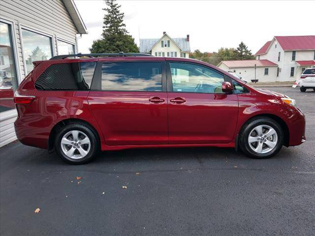 2018 Toyota Sienna for sale at VILLAGE SERVICE CENTER in Penns Creek PA