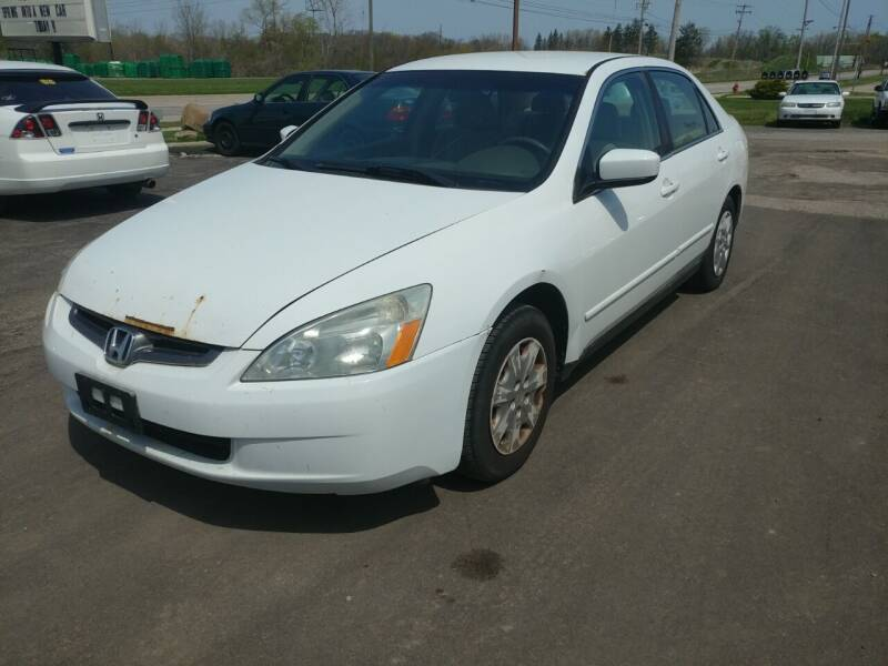 2003 Honda Accord for sale at RIDE NOW AUTO SALES INC in Medina OH