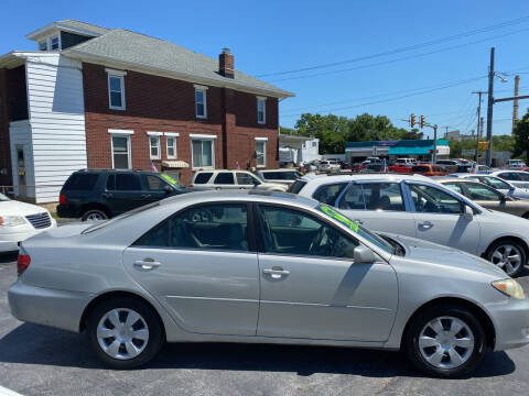 2006 Toyota Camry for sale at Credit Connection Auto Sales Inc. YORK in York PA