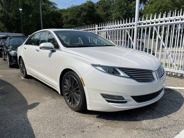 2016 Lincoln MKZ for sale at SOUTHFIELD QUALITY CARS in Detroit MI