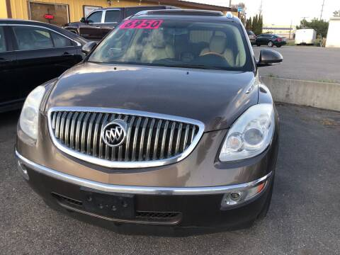 2009 Buick Enclave for sale at BELOW BOOK AUTO SALES in Idaho Falls ID