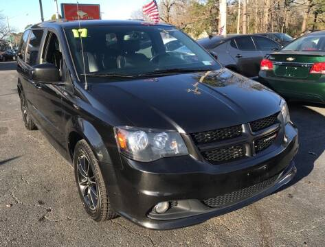 2017 Dodge Grand Caravan for sale at Dad's Auto Sales in Newport News VA
