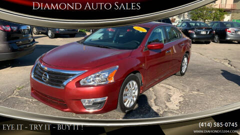 2014 Nissan Altima for sale at Diamond Auto Sales in Milwaukee WI