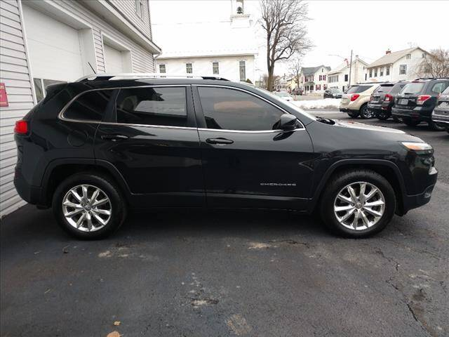2014 Jeep Cherokee for sale at VILLAGE SERVICE CENTER in Penns Creek PA
