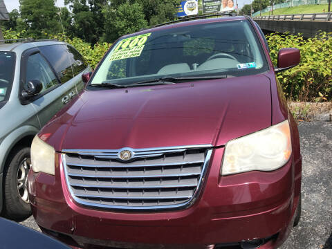 2008 Chrysler Town and Country for sale at Credit Connection Auto Sales Inc. HARRISBURG in Harrisburg PA