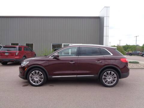 2018 Lincoln MKX for sale at Herman Motors in Luverne MN