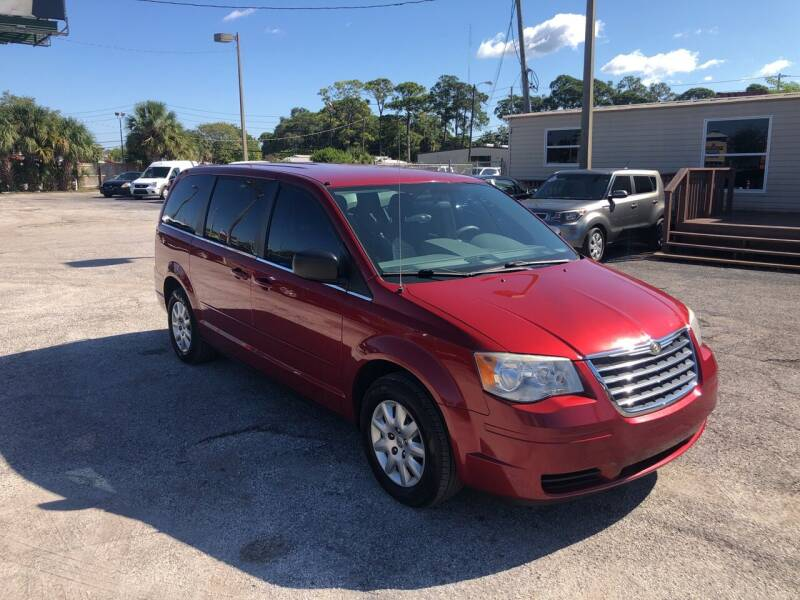 2010 Chrysler Town and Country for sale at Friendly Finance Auto Sales in Port Richey FL