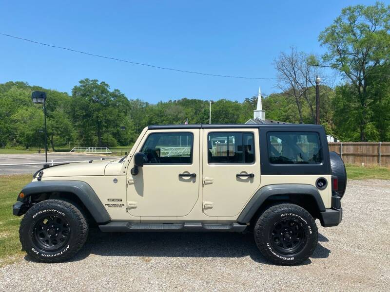 2011 Jeep Wrangler Unlimited for sale at ULTRA AUTO SALES in Whitehouse TX