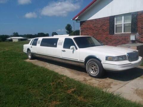 1997 Lincoln Town Car for sale at Classic Car Deals in Cadillac MI