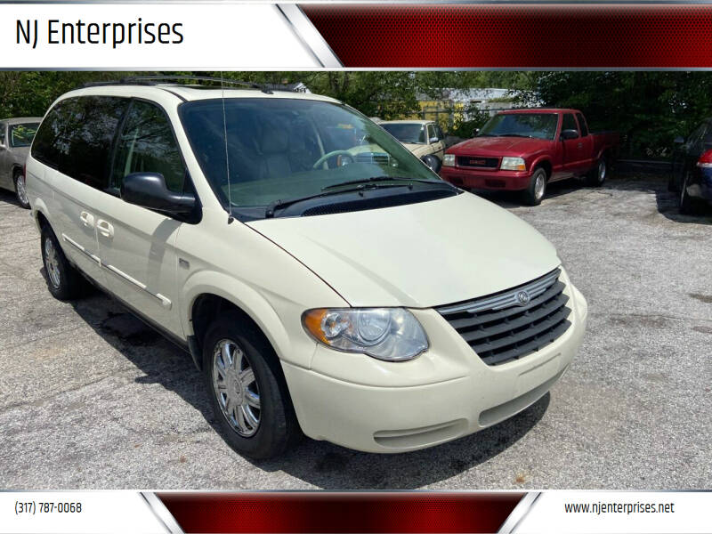2007 Chrysler Town and Country for sale at NJ Enterprises in Indianapolis IN