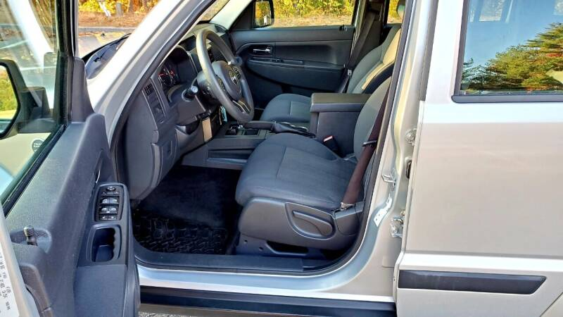 2012 Jeep Liberty 4x4 Sport 4dr SUV - Acton MA