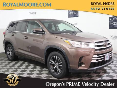 2018 Toyota Highlander for sale at Royal Moore Custom Finance in Hillsboro OR