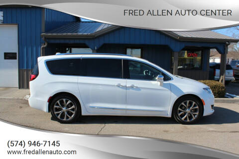 2017 Chrysler Pacifica for sale at Fred Allen Auto Center in Winamac IN