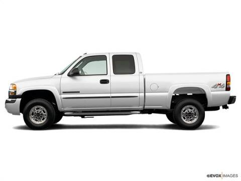 2006 GMC Sierra 2500HD for sale at CHAPARRAL USED CARS in Piney Flats TN