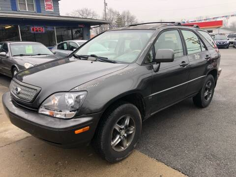 2002 Lexus RX 300 for sale at Wise Investments Auto Sales in Sellersburg IN