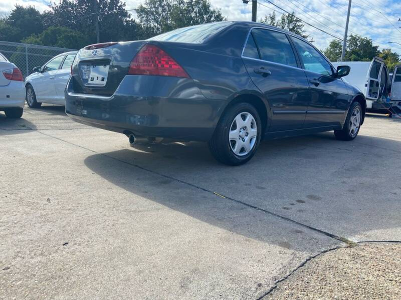 2006 Honda Accord for sale at Whites Auto Sales in Portsmouth VA