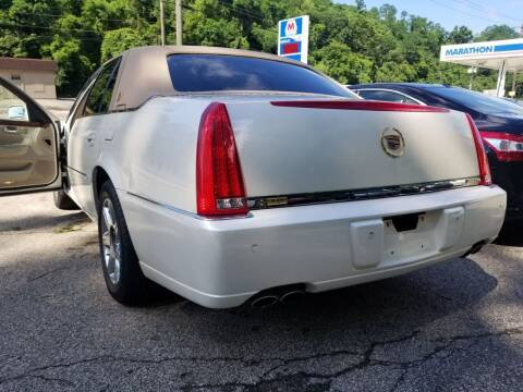 2007 Cadillac DTS for sale at FAYAD AUTOMOTIVE GROUP in Pittsburgh PA
