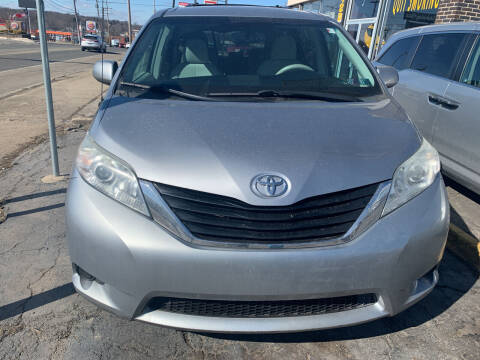 2011 Toyota Sienna for sale at JORDAN AUTO SALES in Youngstown OH