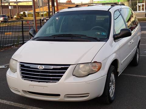 2005 Chrysler Town and Country for sale at MAGIC AUTO SALES in Little Ferry NJ