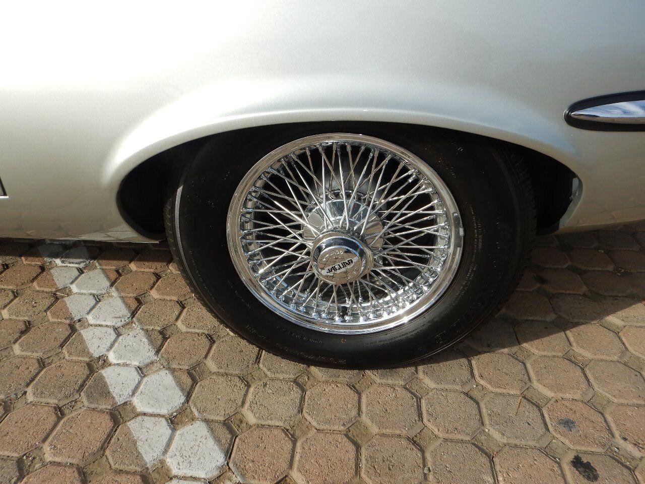 1973 Jaguar XKE 20