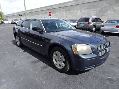 2007 Dodge Magnum for sale at DONNY MILLS AUTO SALES in Largo FL