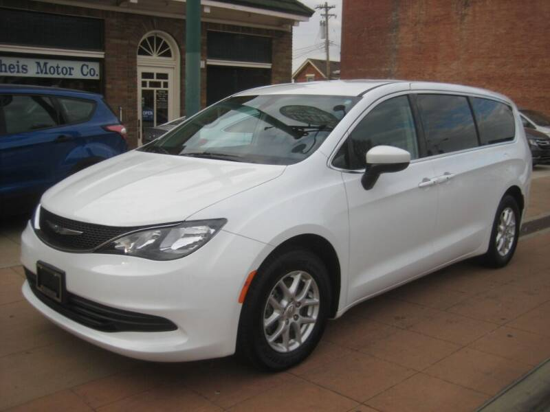 2017 Chrysler Pacifica for sale at Theis Motor Company in Reading OH