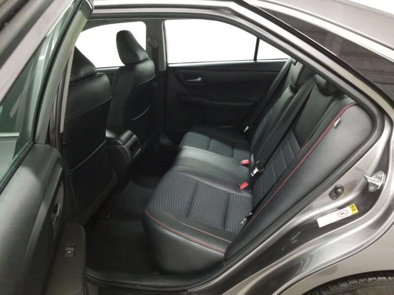2015 Toyota Camry SE 4dr Sedan - Newark NJ