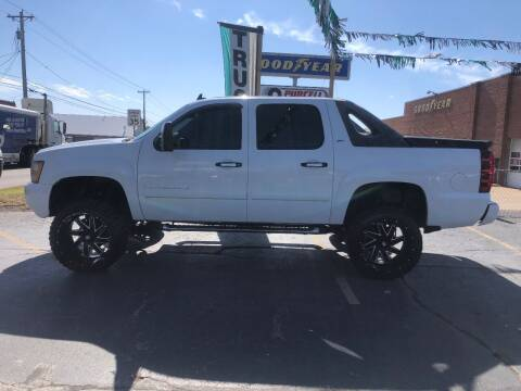 2008 Chevrolet Avalanche for sale at Butler's Automotive in Henderson KY