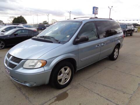 2005 Dodge Grand Caravan for sale at America Auto Inc in South Sioux City NE