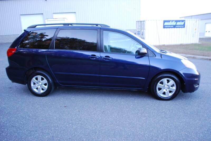2007 Toyota Sienna LE 7-Passenger 4dr Mini-Van - New Milford CT