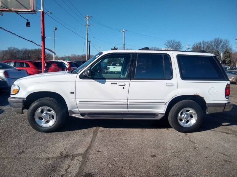 1997 Ford Explorer for sale at Savior Auto in Independence MO