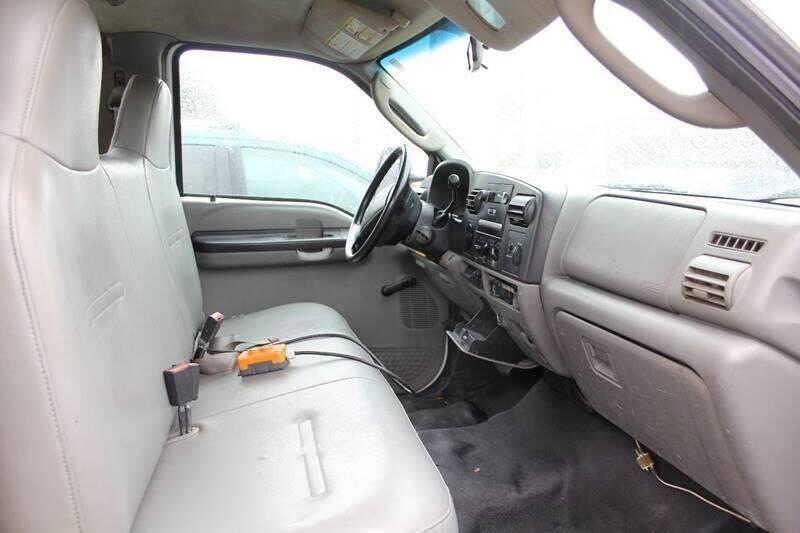 2006 Ford F-350 Super Duty 4X2 2dr Regular Cab 140.8-164.8 in. WB - Worcester MA