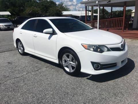 2014 Toyota Camry for sale at TAVERN MOTORS in Laurens SC