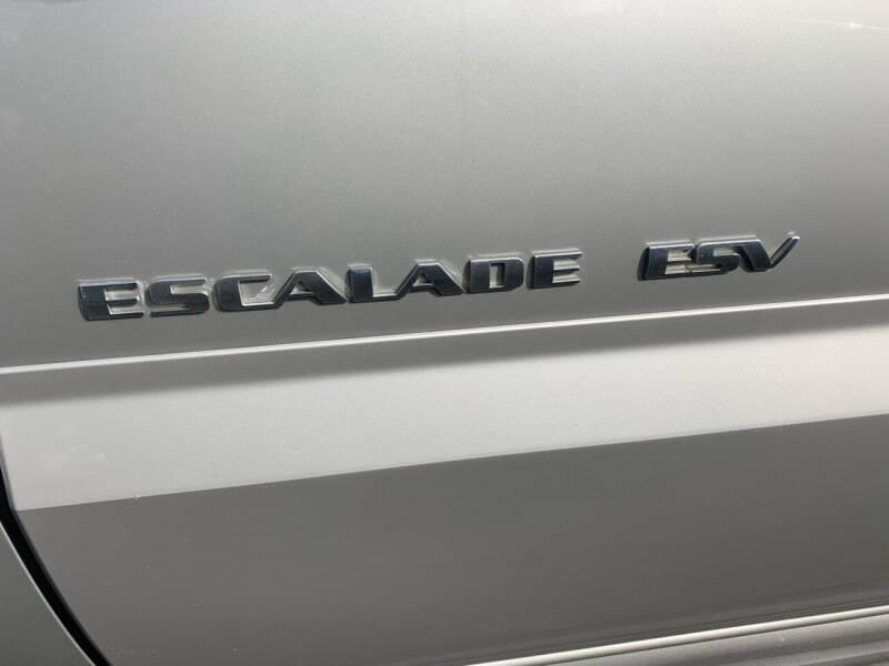 2005 Cadillac Escalade ESV AWD 4dr SUV - Newark NJ