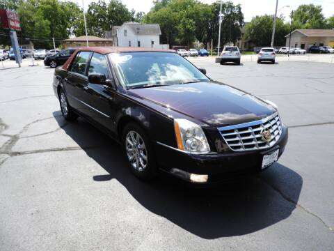 2009 Cadillac DTS for sale at Grant Park Auto Sales in Rockford IL