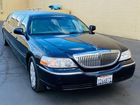 2006 Lincoln Town Car for sale at Auto Zoom 916 Rancho Cordova in Rancho Cordova CA