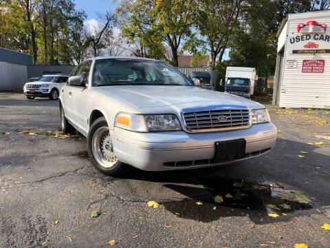2000 Ford Crown Victoria for sale at Affordable Cars in Kingston NY