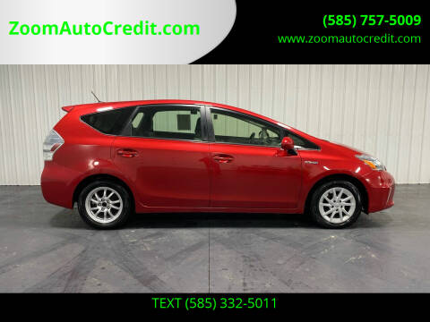 2014 Toyota Prius v for sale at ZoomAutoCredit.com in Elba NY