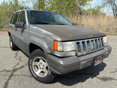 1996 Jeep Grand Cherokee for sale at JerseyMotorsInc.com in Teterboro NJ