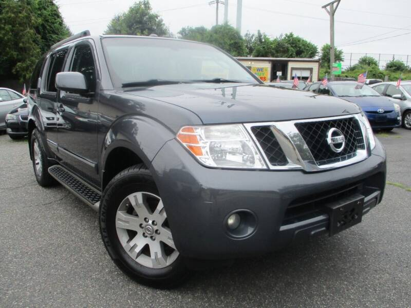 2011 Nissan Pathfinder for sale at Unlimited Auto Sales Inc. in Mount Sinai NY