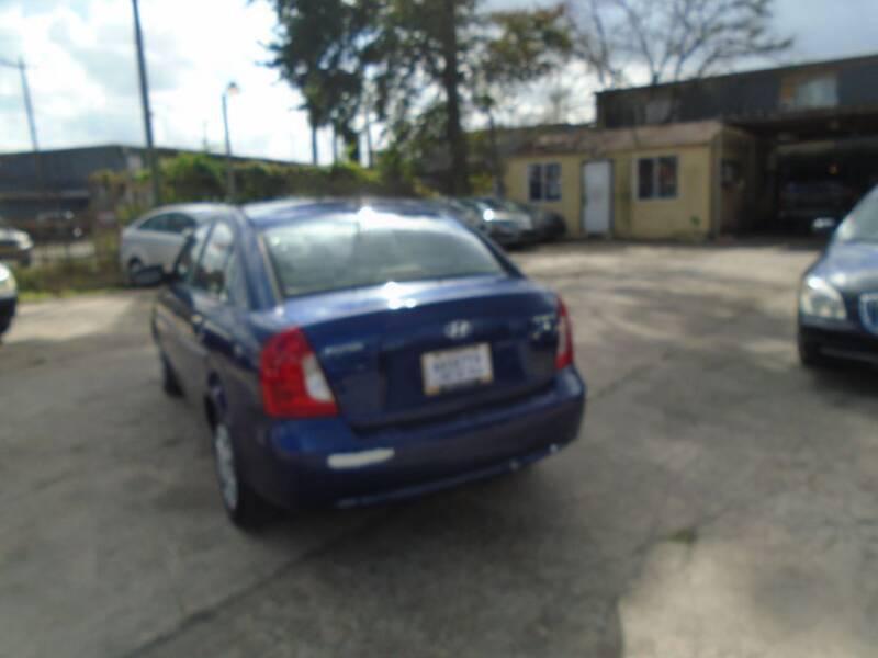 2008 Hyundai Accent GLS 4dr Sedan - Houston TX