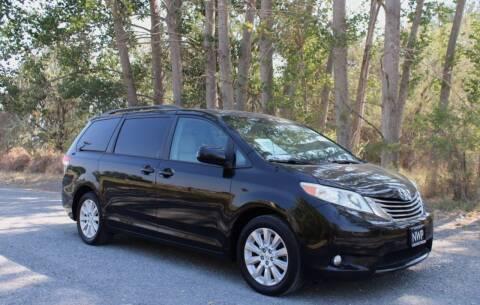 2013 Toyota Sienna for sale at Northwest Premier Auto Sales in West Richland WA