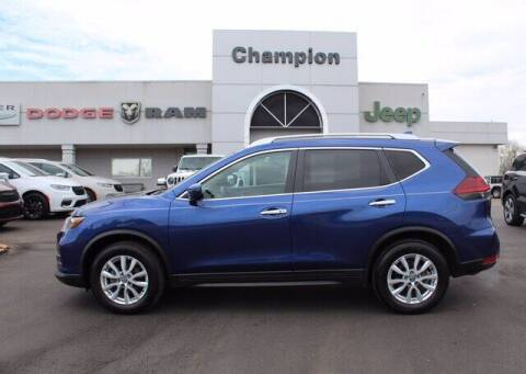 2018 Nissan Rogue for sale at Champion Chevrolet in Athens AL