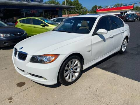 2006 BMW 3 Series for sale at Wise Investments Auto Sales in Sellersburg IN