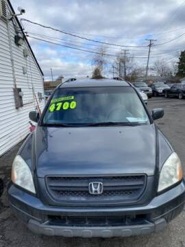 2004 Honda Pilot for sale at Mastro Motors in Garden City MI