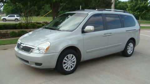 2012 Kia Sedona for sale at Red Rock Auto LLC in Oklahoma City OK