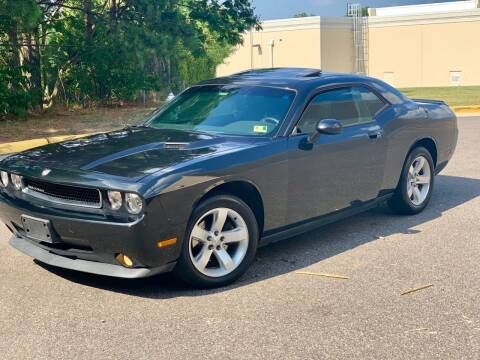 2009 Dodge Challenger for sale at XCELERATION AUTO SALES in Chester VA