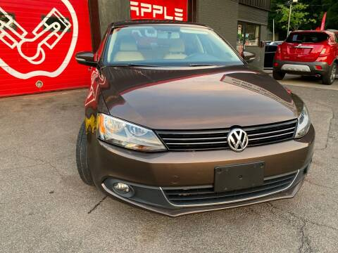 2013 Volkswagen Jetta for sale at Apple Auto Sales Inc in Camillus NY