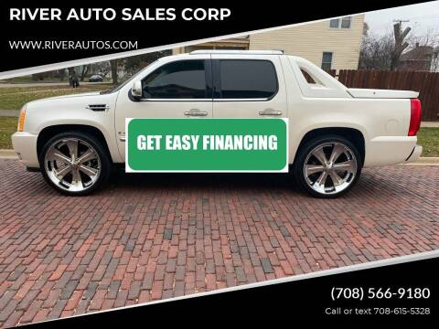 2008 Cadillac Escalade EXT for sale at RIVER AUTO SALES CORP in Maywood IL