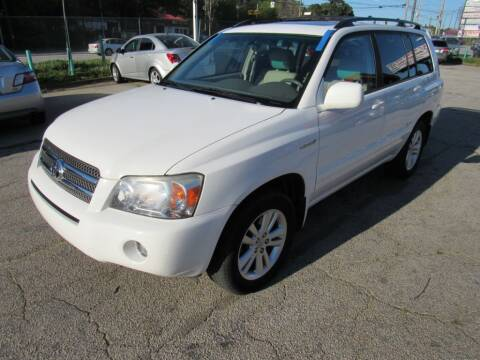 2006 Toyota Highlander Hybrid for sale at King of Auto in Stone Mountain GA